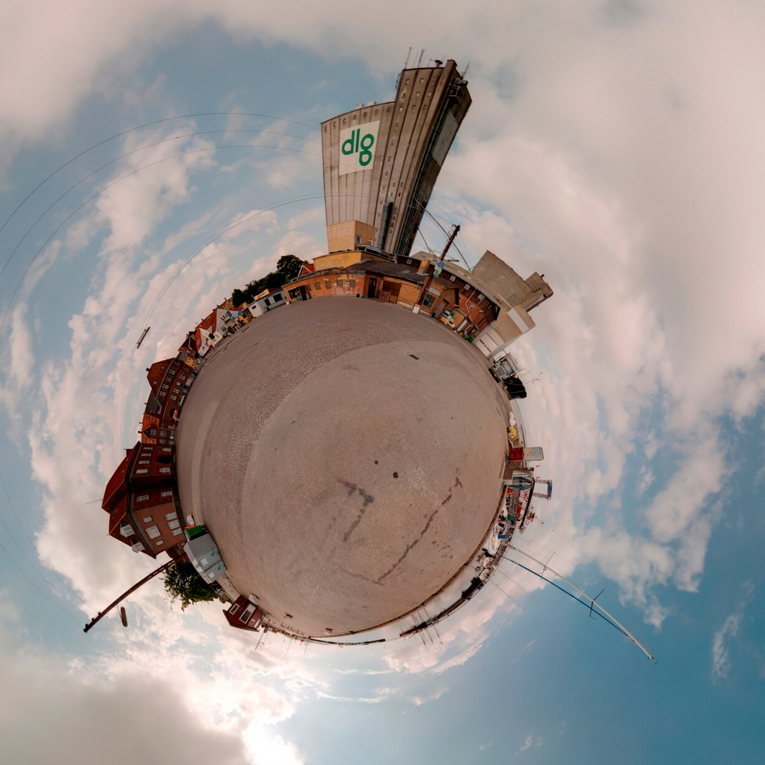 Panorama 154 - Little Planet