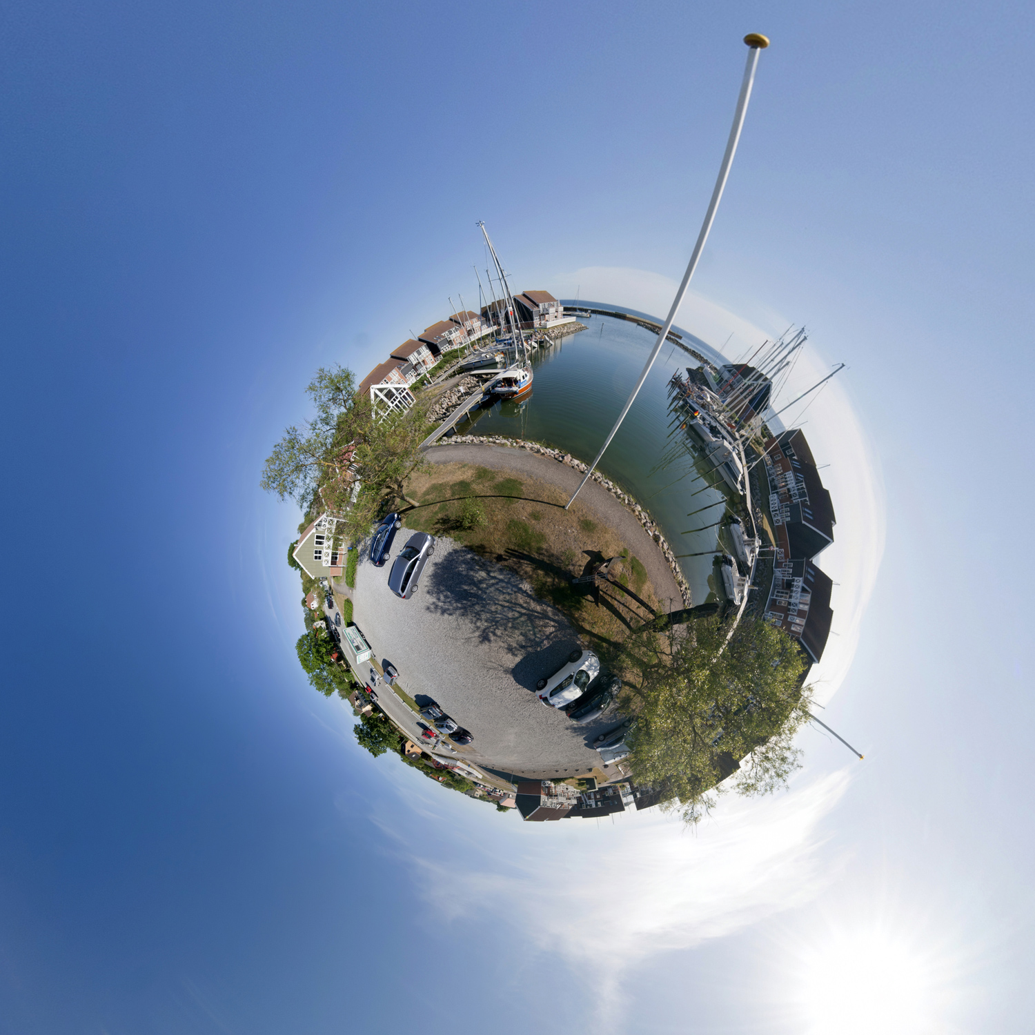 Panorama 185 - Little Planet