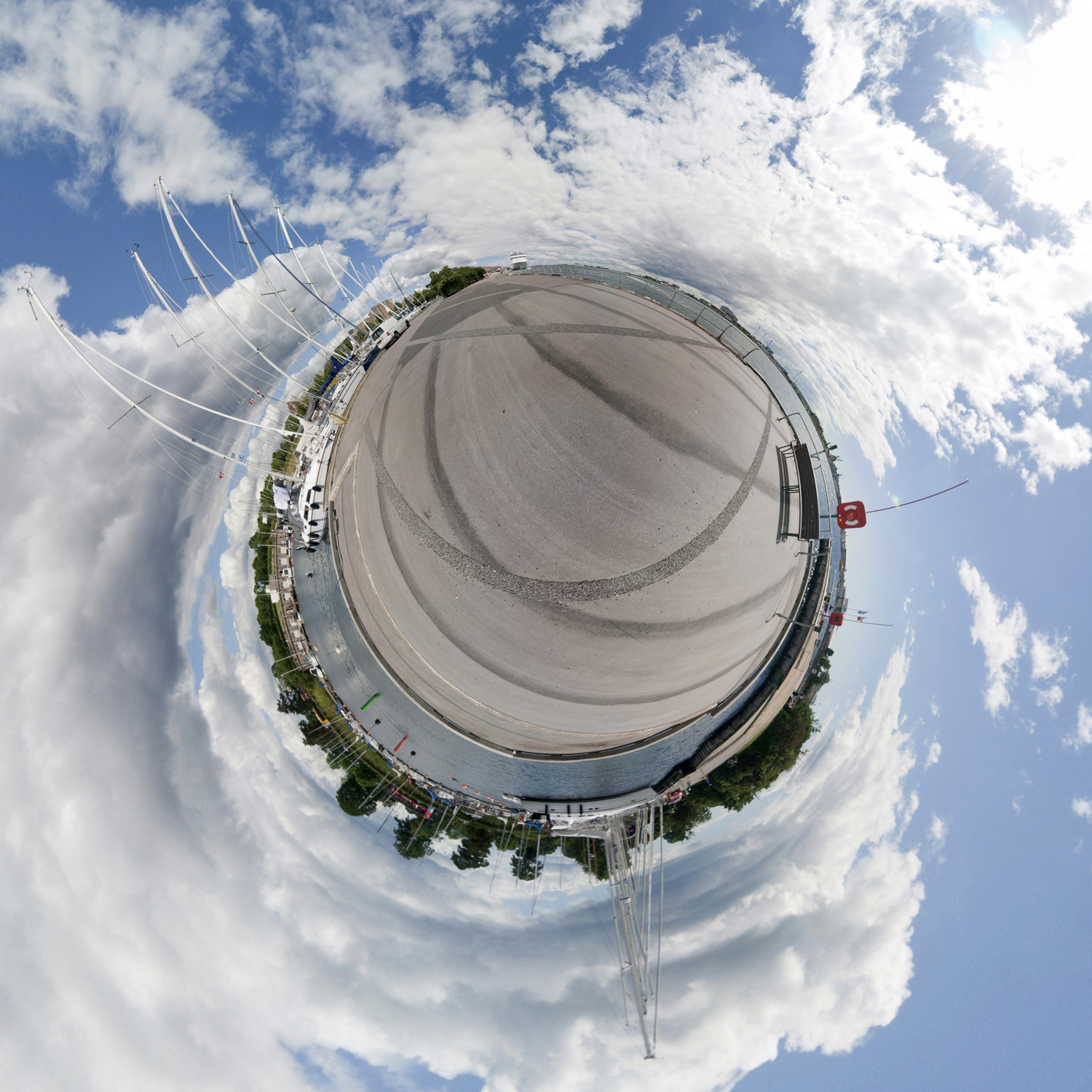 Panorama 200 - Little Planet